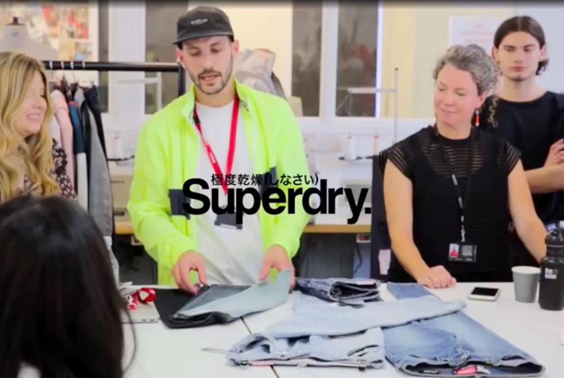 """CSVPA学生拜师""""Superdry/极度干燥""""设计师"""